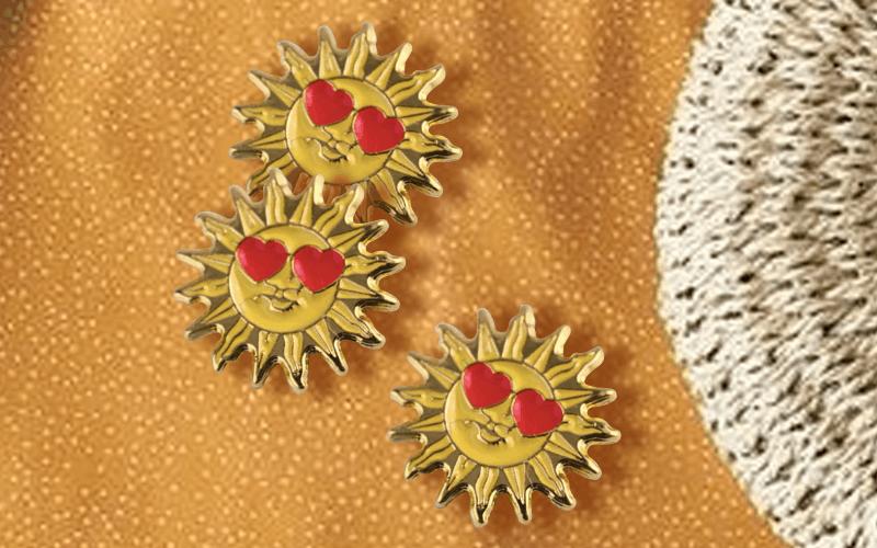 custom pin sun with heart eyes